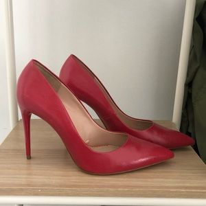 Zara Red pointed toe pumps